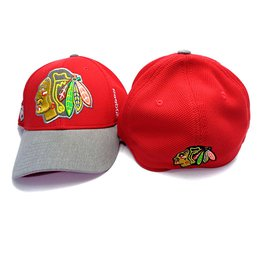 Купить Men's Chicago Blackhawks Reebok Playoffs Flex Cap